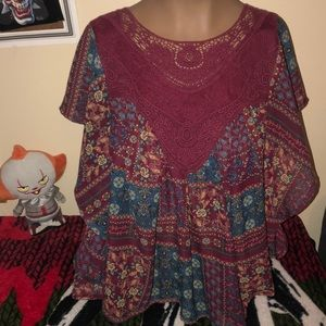 Tops - It's pink dressy patterned maroon top size small